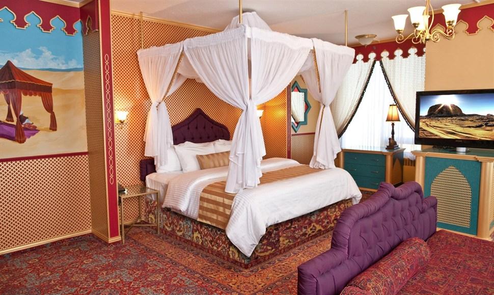 Arabian Luxury Theme Fantasyland Hotel