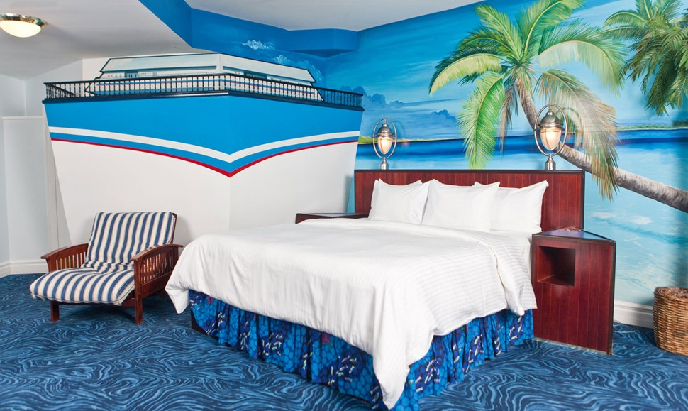 Fantasyland Hotel Themed Rooms