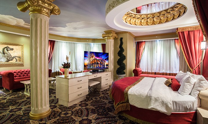 Luxury theme rooms for Roman themed room
