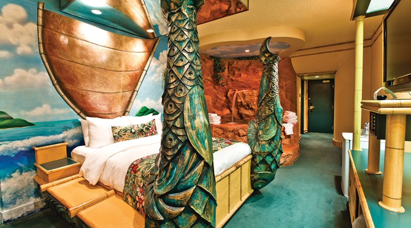 Polynesian Family Theme Room