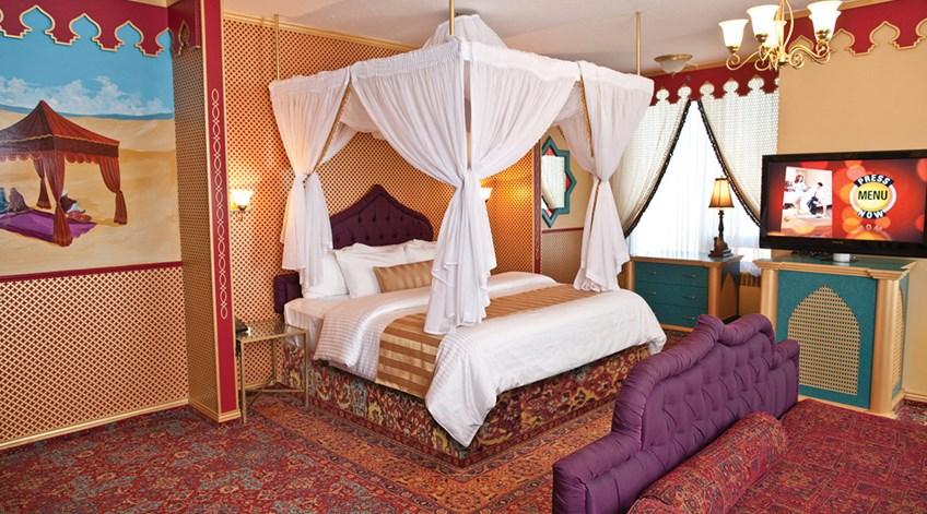 Luxury Arabian Theme Room